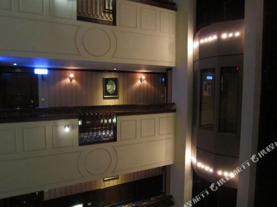 台北麗都唯客樂飯店(Rido Hotel)Elevator
