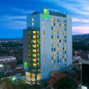三寶攏新邦利馬智選假日酒店(Holiday Inn Express Semarang Simpang Lima)