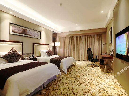 碧桂園空港鳳凰酒店(廣州新白云機場店)豪華雙床房