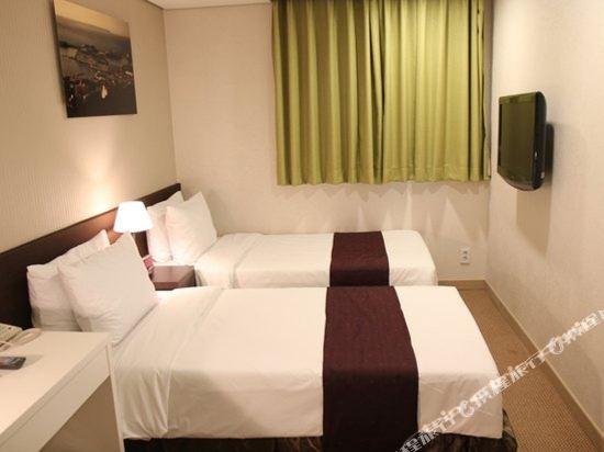 首爾東大門華美達安可酒店(Ramada Encore by Wyndham Seoul Dongdaemun)標準雙床房