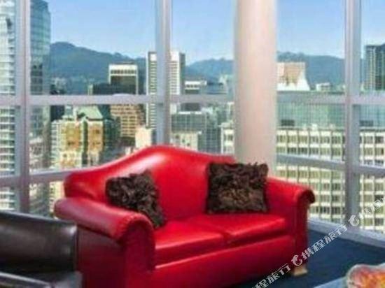 温哥華喜來登華爾中心酒店(Sheraton Vancouver Wall Centre)兩卧室套房