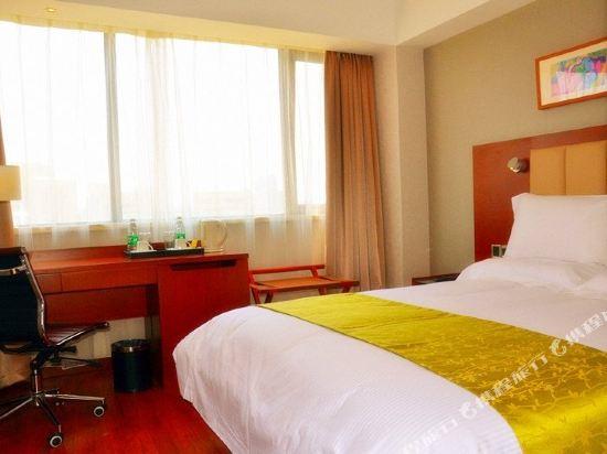 深圳華強北和頤酒店和頤大床房