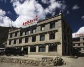 稻城亞丁藏緣酒店