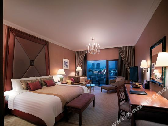 曼谷香格里拉酒店(Shangri-La Hotel Bangkok)曼谷翼豪華陽台房