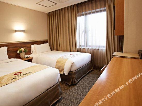天空花園酒店明洞1號店(Hotel Skypark Myeongdong 1)雙床房