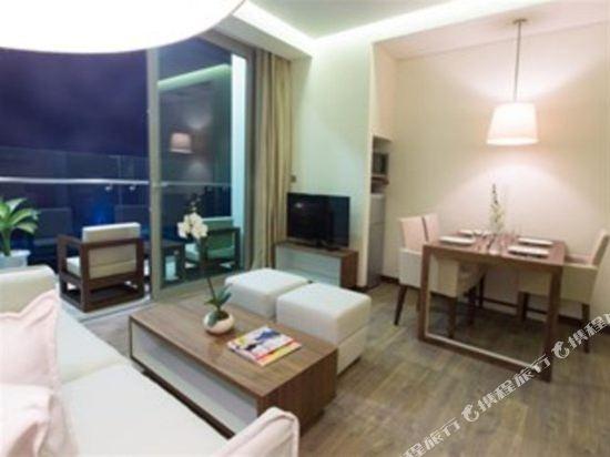 樂卡爾特峴港海灘酒店(A La Carte Da Nang Beach)至尊兩卧海景房