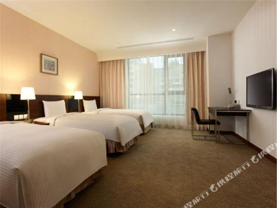 台糖台北會館(Taisugar Hotel)經典三人房