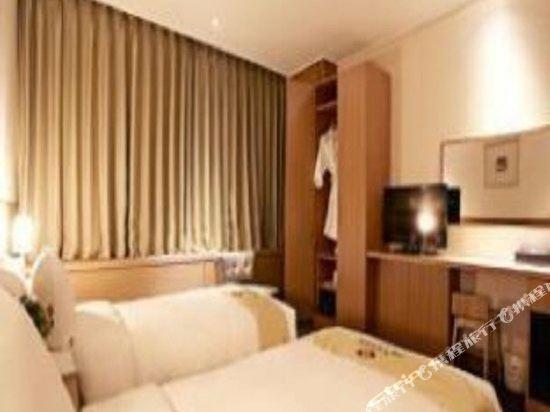 首爾天空花園酒店明洞中心店(Hotel Skypark Central Myeongdong Seoul)高級雙床房