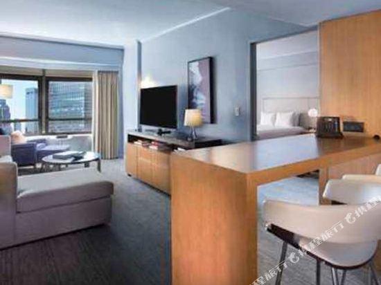 紐約市中心希爾頓酒店(New York Hilton Midtown)行政樓層雙大床套房