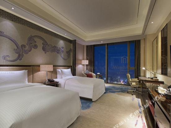 東莞萬達文華酒店高級豪華雙床房