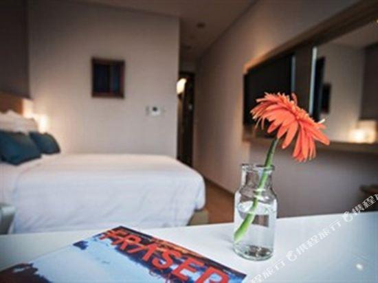 首爾南大門輝盛坊國際公寓(Fraser Place Namdaemun)雙床房