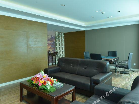 昆明龍騰大酒店(Kunming Long Teng Hotel)健身娛樂設施