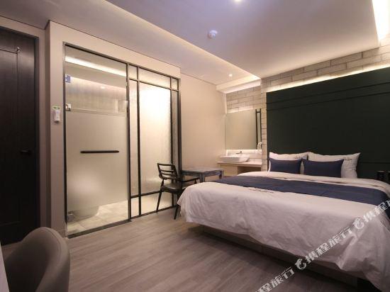釜山俱樂部酒店西面店(The Club Hotel Seomyun Busan)甄選大床房