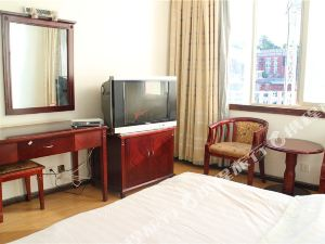 維西銀鋒酒店