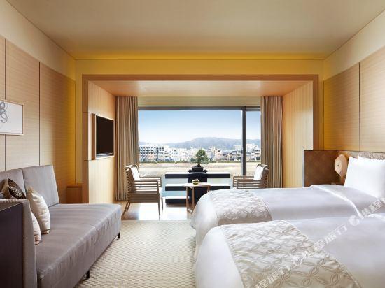 京都麗思卡爾頓酒店(The Ritz-Carlton Kyoto)豪華雙床房