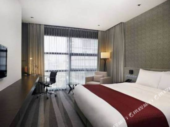 曼谷素坤逸假日酒店(Holiday Inn Bangkok Sukhumvit)標準房