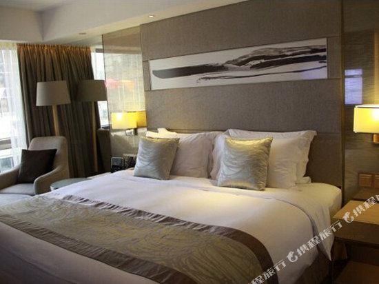 香港帝苑酒店(The Royal Garden Hotel)高級套房