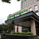 上海南翔假日酒店