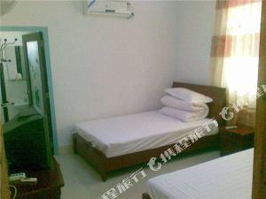 安達黑天鵝旅店