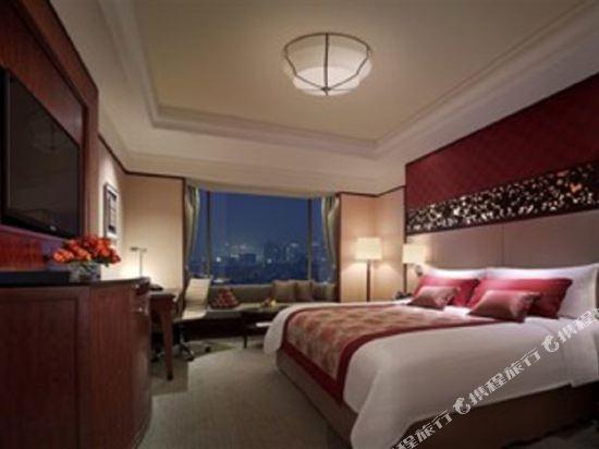 曼谷香格里拉大酒店(Shangri-La Hotel Bangkok)香格里拉樓超豪華客房