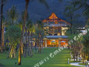 攀牙考拉曼娜泰酒店(Manathai Khao Lak)