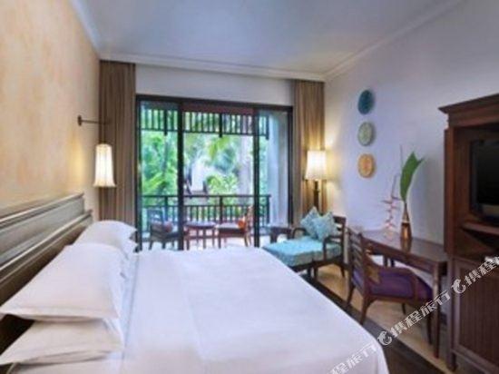 芭堤雅洲際度假酒店(InterContinental Pattaya Resort)園景豪華房