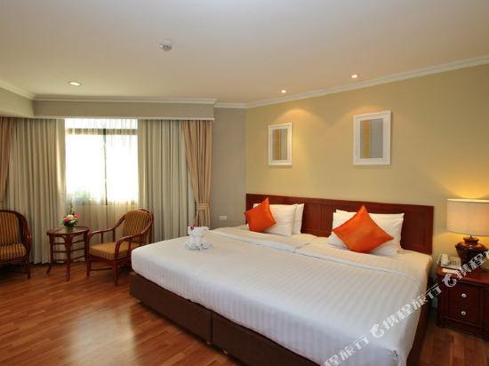 皇家華欣海灘度假酒店(The Imperial Hua Hin Beach Resort)高級房帶陽台(帶陽台)