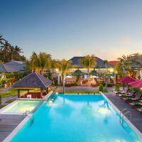 巴厘島蘭碧尼豪華別墅水療酒店酒店預訂
