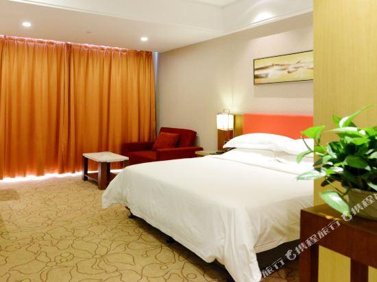 東莞恒新時尚精品酒店(Heng Xin Hotel)豪華大床房