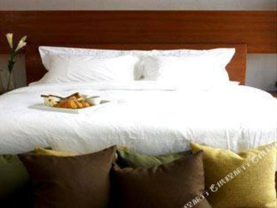華欣阿爾弗里斯科露天海景度假酒店(Let's Sea Hua Hin Al Fresco Resort)一室公寓碼頭泳池通道