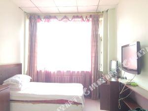 虎林假日旅館