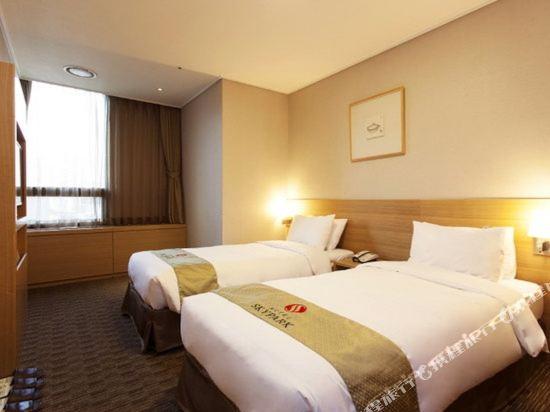 首爾天空花園酒店明洞中心店(Hotel Skypark Central Myeongdong Seoul)標準房