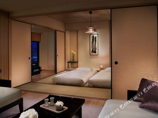 京都麗思卡爾頓酒店(The Ritz-Carlton Kyoto)Corner Suite TATAMI, 1 Bedroom Suite, River view, 2 Twin_Single Bed(s) futon, Top floor (Display)