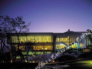 首爾希爾頓大酒店(Grand Hilton Seoul)