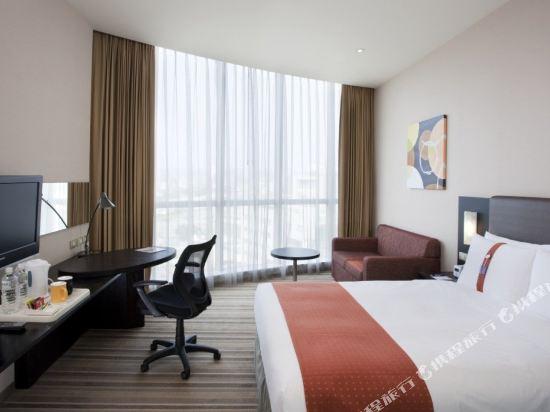 台中公園智選假日飯店(Holiday Inn Express Taichung Park)標準房
