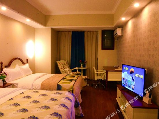 星倫萬達廣場主題公寓(廣州長隆店)地中海特色家庭子母房
