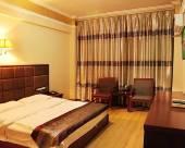 瑞麗金崗山酒店
