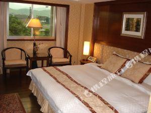 台北雅莊旅館(Attic Hotel)