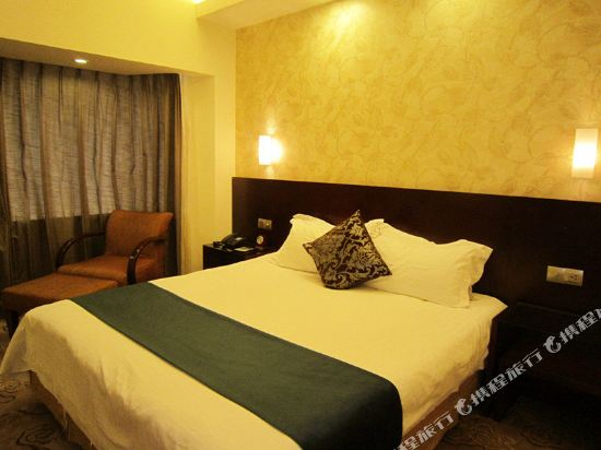 上海南鷹飯店高級房(含早)