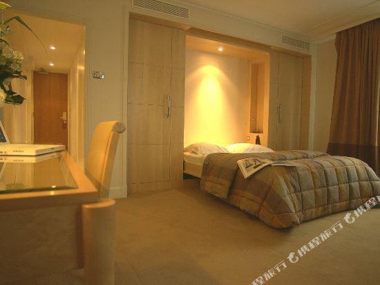 巴黎卡斯蒂尼奧那酒店(Hotel de Castiglione Paris)豪華雙人房
