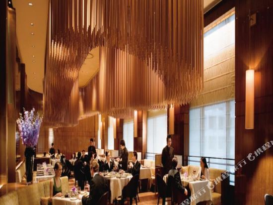 香港置地文華東方酒店(The Landmark Mandarin Oriental HK)餐廳