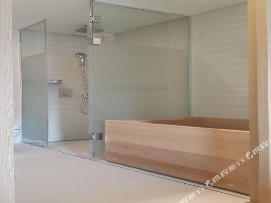 首爾明洞喜普樂吉酒店(原首爾黃金鬱金香M酒店)(Sotetsu Hotels The SPLAISIR Seoul Myeongdong)豪華扁柏三人房