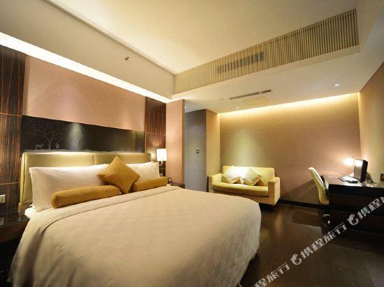 北京長白山國際酒店(Changbaishan International Hotel)商務大床間