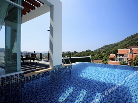 Kata Sea View Villas Phuket