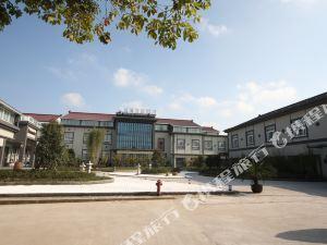 寶隆居家酒店(上海漁港碼頭店)