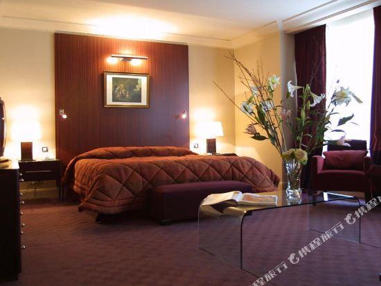 巴黎卡斯蒂尼奧那酒店(Hotel de Castiglione Paris)至尊四人房