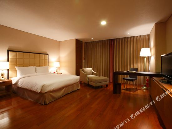 南大門華美達套房酒店(Ramada Hotel & Suites Seoul Namdaemun)Deluxe Double Room (Display)