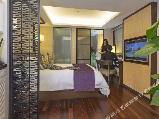 上海同文君亭酒店家庭房