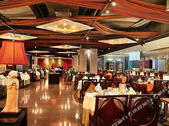 深圳999丹楓白露酒店(999 Royal Suites & TowersShenzhen)餐廳