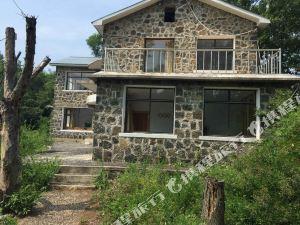 牡丹江鏡泊湖大峽谷民俗度假村